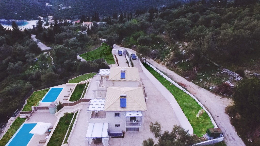 Villas in Leukada - Mikros Gialos